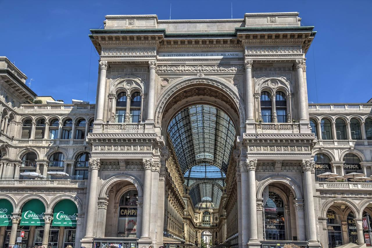 spend women's day shopping in milan