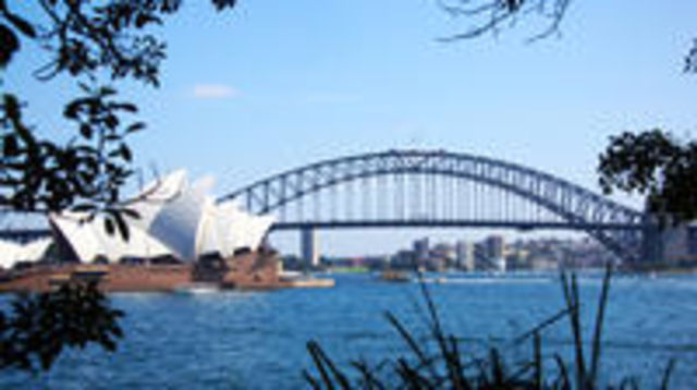 Photo of Private Sydney Half-Day Sightseeing Tour Including Sydney Opera House Harbour Bridge and Bondi Beach