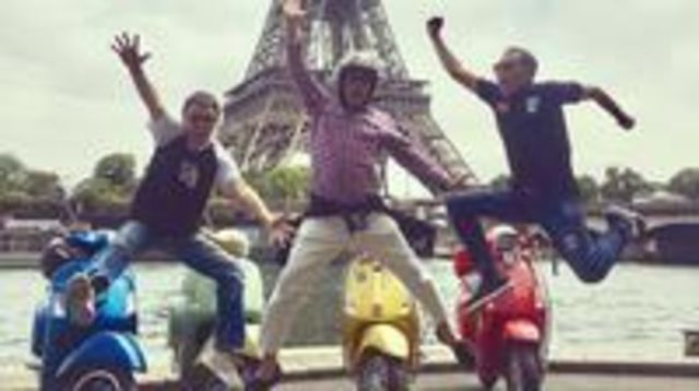 Photo of 3.5-Hour Private Paris Guided Vespa Tour with Gourmet Break