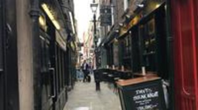Photo of Private Walking Tour of London's Undiscovered East End