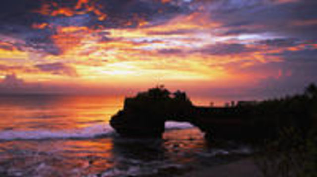 Photo of Half-Day Unforgettable Sunset Tour at Tanah Lot
