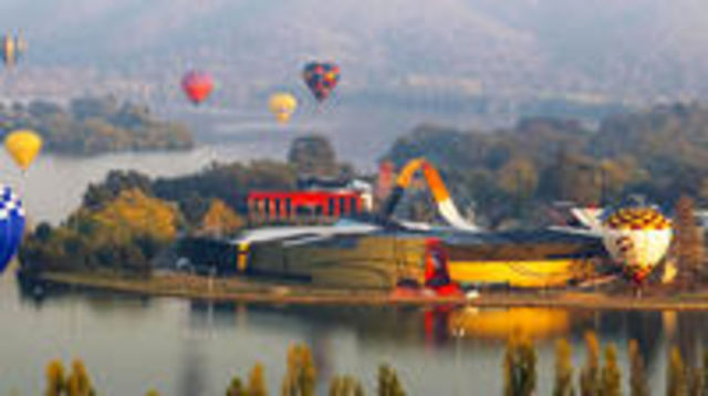 Photo of Canberra - The National Capital - Private Full Day Tour: Departs from Sydney