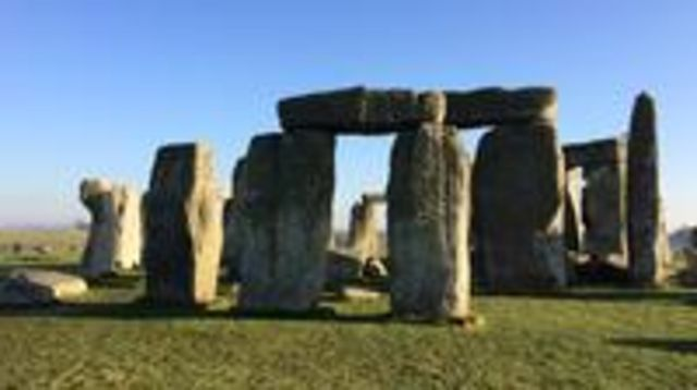 Photo of Private Full-Day Tour of  Stonehenge and Bath from London