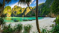 Photo of Full-Day Phi Phi Island by Speedboat with Lunch