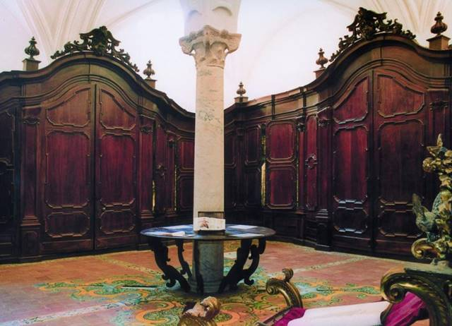 Photo of Hall of Sacri_Basilica Furniture of San Domenico Maggiore